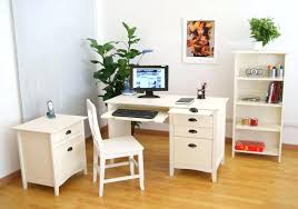 Small Executive Desk by Executive Office Chair Desk Wallpaper Designs U2013 Globetraders Co