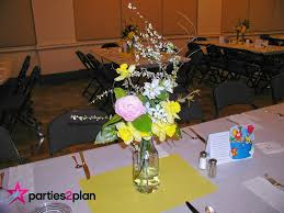 tablescape spring table decorations for a group meal parties2plan