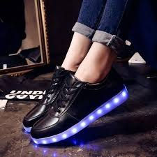 sneakers that light up on the bottom heartjacking ledshoes lightupshoes lightupsneakers ledsneakers