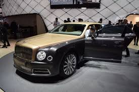 bentley limo 2017 bentley mulsanne shows its new face in geneva