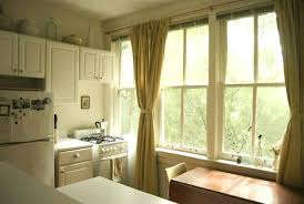 how long should curtains be how long should bay window curtains be 72poplar com