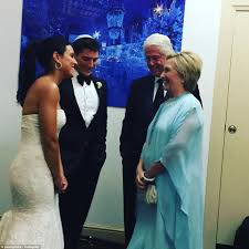 clintons attend hedge fund billionaires daughter u0027s wedding daily