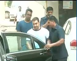 Aamir Khan Home A Day After Verdict Aamir Khan Visits Salman Khan In His Time Of Need
