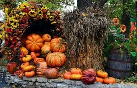 Outdoor Decorations For Fall - 37 fall porch decorating ideas ways to decorate your porch for