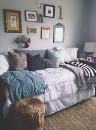Daybed Linens I Love These Colors For Bedroom It U0027s Cozy Grown Up Laid Back