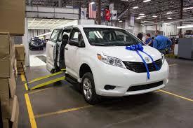 toyota minivan vmi toyota sienna commercial ada compliant northstar e360 minivan