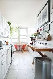 comment am駭ager une cuisine en longueur comment aménager une cuisine en longueur cuisine en longueur