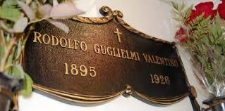 rudolph valentino hollywoodland