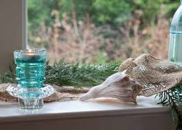 Window Sill Decorations For Christmas by 20 Beautiful Window Sill Decorating Ideas For Christmas And New