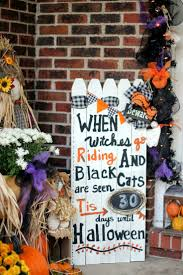 scary halloween sign best 25 halloween fence ideas on pinterest halloween graveyard