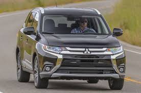 mitsubishi crossover models 2016 mitsubishi outlander reviews and rating motor trend