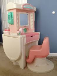 little tikes vanity table little tikes vanity beauty salon with chair