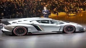 lamborghini veneno hp lamborghini veneno roadster price 4 5 million top speed 221 mph