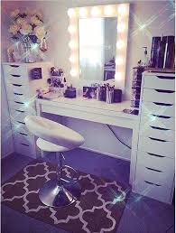 Makeup Vanity Table With Lights Best 25 Vanity Room Ideas On Pinterest Glam Room Vanity Ideas