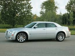 2005 chrysler 300c srt8 review supercars net