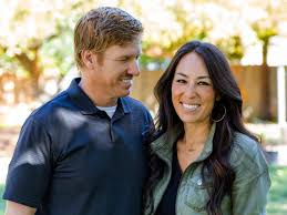 chip and joanna gaines fun facts hgtv u0027s fixer upper with chip