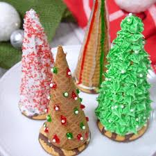 Christmas Tree Frosting Christmas Tree Cake Cones Are Filled Love Bakes Good Cakes