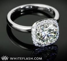 Solitaire Wedding Rings by Playing Solitaire This Season U0027s Hottest Solitaire Engagement Ring