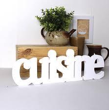 lettres d馗oratives cuisine mot en bois cuisine blanc laqué mot décoratif lettres