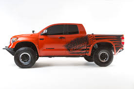 nissan titan vs toyota tacoma toyota tacoma pictures posters news and videos on your pursuit