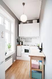 bar dans une cuisine creer un bar dans une cuisine maison design bahbe com