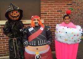 Sumo Halloween Costume Landeck Celebrates Halloween Contest Delphos Herald