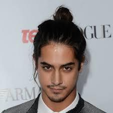 Frisuren Lange Haare Zusammengebunden by Männerfrisuren Ein Hoch Auf Den Herrendutt Zeit