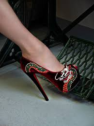 christian louboutin shoe tattoo travexura