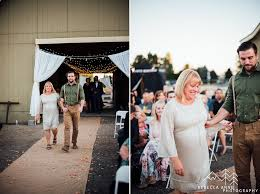 Wedding Photographers Seattle Pasco Backyard Wedding Laura U0026 Billy Tacoma Seattle Wedding