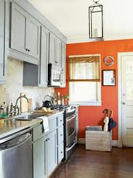 what color to paint a small kitchen with white cabinets 10 small kitchen paint colors casitaandmanor