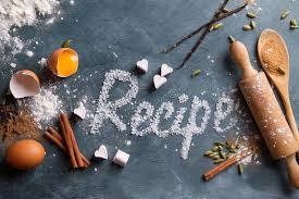 mot de cuisine ustensiles en bois de cuisine avec des épices et le mot de recette
