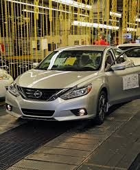 nissan altima 2016 windshield first facelifted 2016 nissan altima rolls off the assembly line w