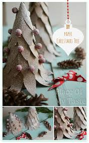 Making Decorations For Christmas Tree by Diy Paper Christmas Tree