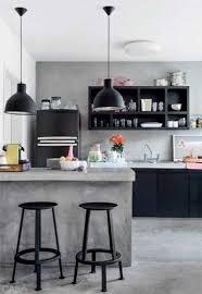 sol cuisine béton ciré béton ciré sur carrelage sol et mur dans la cuisine intended for
