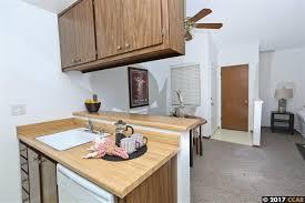Kitchen Cabinets Concord Ca 5450 Concord Blvd K5 Concord Ca 94521 Mls 40785222 Movoto Com