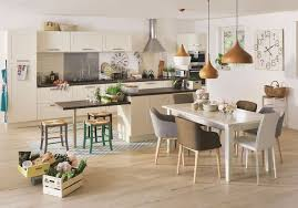 modele de cuisine avec ilot modele de cuisine blanche trendy idees de design de maison cuisine