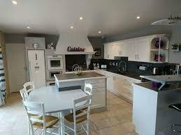 cuisine repeinte en gris cuisine repeinte en blanc brillant gris satin au mur et béton
