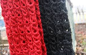 broomstick lace infinity scarf broomstick lace infinity cowl a how to cpeezers