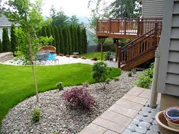 Sloping Backyard Landscaping Ideas Landscape Design For Small Backyards Best 25 Sloped Backyard Ideas
