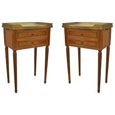 Antique Nightstands With Marble Top Best 25 Marble Top End Tables Ideas On Pinterest Triangle