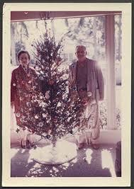 1960 s christmas tree lights 1960s christmas tree couple vintage christmas vintage and