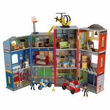 everyday heroes wooden play set