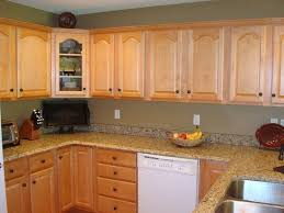 kitchen colors with oak cabinets oak cabinets ideas on foter