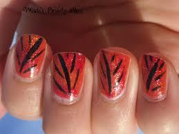 23 fall leaf nail designs prettyfulz fall nail art design 2011