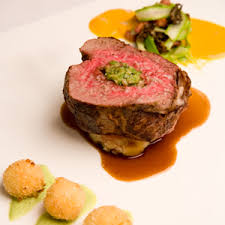 chateaubriand cuisine 33 s whole roasted filet of chateaubriand black and white