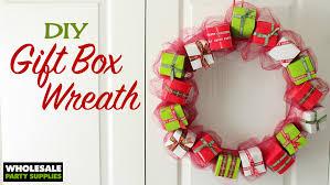 diy mini giftbox christmas wreath party ideas u0026 activities by
