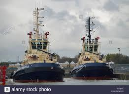 fire tug boat stock photos u0026 fire tug boat stock images alamy
