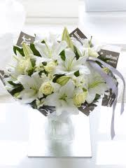 Lily Bouquet Buy Lilies Send Lilies With Interflora