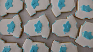 Onesie Baby Shower Favors Dough And Batter An Ombré Cake U0026 Baby Shower Cookie Favors
