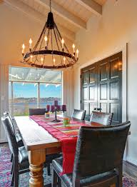 Rustic Dining Room Chandeliers by Ideas Traditional Dining Room Design With Linear Chandelier By
